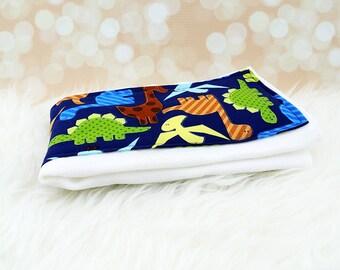 Baby Burp Cloth - Navy Dinosaurs burp cloth ||| baby shower gift, baby burp rag, dino baby, baby dino, baby gift, baby burping rag