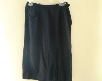 Vintage black skirt, side zipper, kick pleat, button closure, Size 2/4