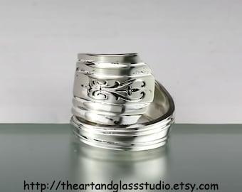 Silver Spoon Ring AVON Jewelry Vintage, Silverware, Gift, Anniversary, Wedding, Birthday AF848