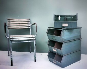 4-Cassette shelf in industrial style Vintage green stacked