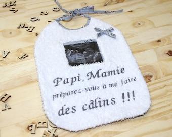 Bib pregnancy announcement ultrasound personalized, printed cats gray, white sponge, grandparents gift.