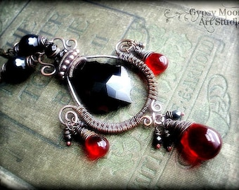 Black and Red Copper Wire Wrapped Necklace.