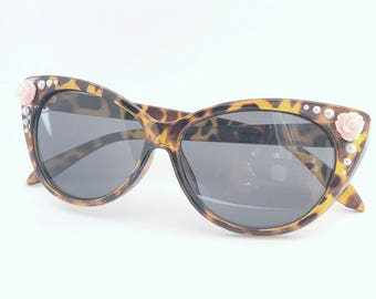 Embellished Retro Cat Eye Style Sunglasses Tortoise Shell with Pink Rose Flowers and Faux Pearls