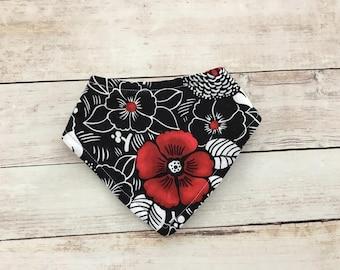 black and white bandana bib - floral bib - baby girl bib - drool bib - baby dribble bib - newborn bib - baby shower gift - baby accessories