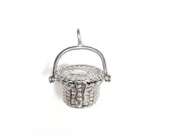 Small Nantucket basket pendant