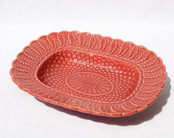 vintage dish, Bordallo Pinheiro, Made in Portugal, flat hollow braided pink/red, serving dish, ceramic Portuguese, portuguese dish