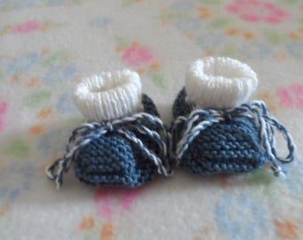 TRICOTES baby BOOTIES size 3 months