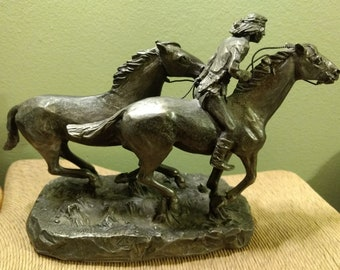 """Vintage 1974 Artist Signed Philip Kraczkowski  Worchester Pewter """"Native American Wild Horse"""" Statue Figurine"""