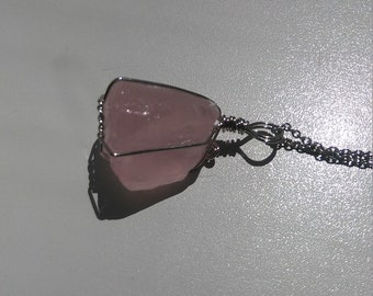 Rose quartz chunk pendant
