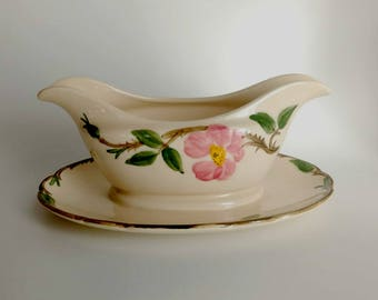 Franciscan Desert Rose Gravy Boat / Franciscan Desert Rose / Attached Tray / Cottage Home Decor / Floral Gravy Boat / Desert Rose Serving
