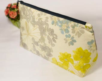 XL large fabric pouch,  zipper clutch with interior pockets, large zipper cosmetic pouch, cosmetic bag, large travel bag, large makeup bag
