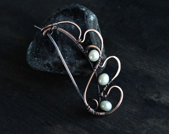 Scarf pin Copper Shawn pin Pearl brooch Pin Wire wrapped  pin Closure pin Sweater Pin Hand Forged Fibula Wire Work Handmade Brooch