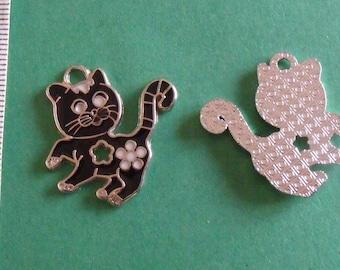 Black Silver Pendant cat 28mmx26mm