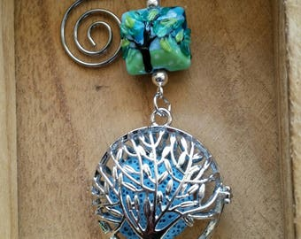 Give her a special gift.Shades of Green and Blue Hanging Fragrance Holder