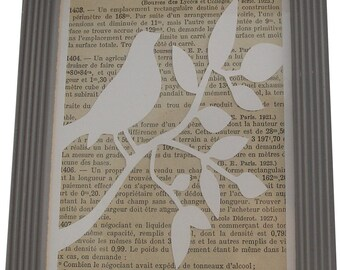 Wood frame Bird on branch silhouette