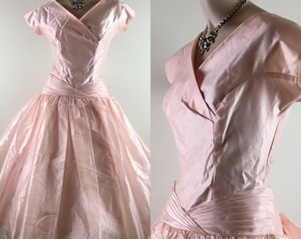 Vintage 1950s Pale Pink Crystal Georgette Party Dress/Formal