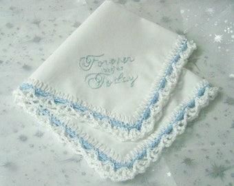 Braut Taschentuch, Blumenstrauß Wrap, etwas blau, gehäkelten, handbestickt, sofort lieferbar
