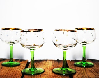Vintage Gold Star Design Sherry, Apertif Glasses, set of four. Mid Century MadMen Style / Barware / Hollywood Glam / Christmas