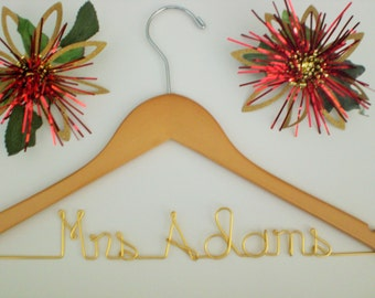 Personalized Hangers, Personalized Wedding Hangers, Custom Wedding Hanger, Weddings,Bride, Weddings,Bridesmaid,Maid of Honor,Wedding Gifts