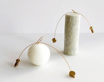 AIR MOBILE EARRINGS No. 1   modern jewelry, gold earrings, dangle earrings, statement earrings, minimalist jewelry, geometric jewelry  