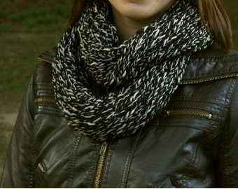 Chunky Knit Infinity Scarf - Black and White Knitted Scarf - Warm Knit Winter Scarf in Lovely Black, White & Beige Yarn