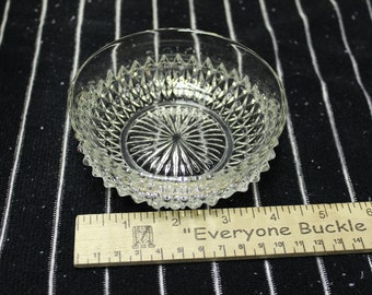 Indiana Glass Diamond Point Small Fruit Dessert Bowl *Shipping Included*