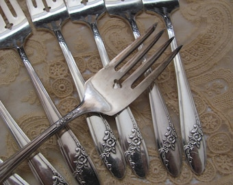 Queen Bess II Pattern - 8 Antique Silver Plate Salad Dessert Forks