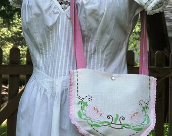 cottage chic purse, shabby chic purse embrodered purse, shoulder bag, pink and white bag, floral purse up cycled purse