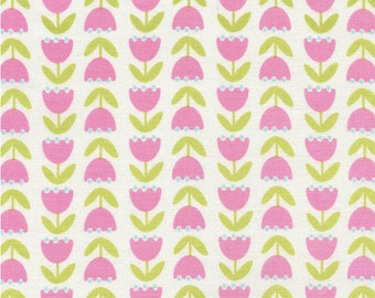 Tulips - 1 Yard Cut - Timeless Treasures - Cotton Fabric - Quilting Fabric