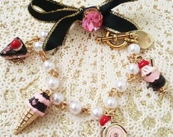 Dessert Party Pearl Bracelet