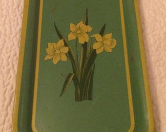 Vintage Green And Yellow Daffodil Metal Tray Lightly Rusted