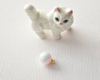 8mm Opal pendant 1pc white Kyoto clip Golden Pendant