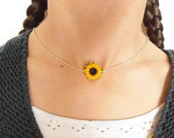 Sunflower choker sunflower necklace sunflower pendant polymer clay jewelry wedding jewellery sunflower jewelry gift for her bridesmaid jewel