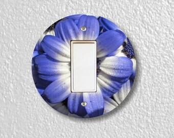Blue Daisy Flower Round Decora Rocker Switch Plate Cover