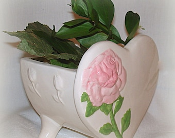 Heart Shape Planter Vase with Pink Rose 3-Legs Vintage Ceramic Excellent Condition Home Decor Table Decor Charming Gift for Many Occasions