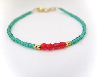 Green Red Beaded Bracelet, Seed Bead Bracelet, Dainty Bead, friendship Bracelet, Beaded Bracelet, Hawaiian Jewelry, gift for her