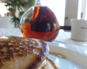Pure Vermont Maple Syrup and small batch pancake mix mad tom gourmet gift