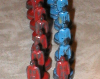 VTG 40s  50s  Toy Soldiers cast metal game pieces