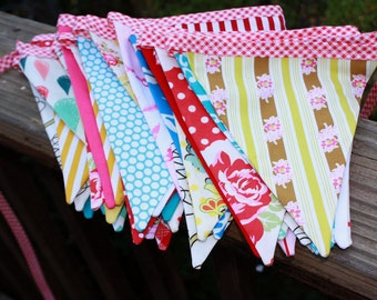 40 Feet of Carnival Bunting, Wedding Flag Banner Decoration in Shabby Chic Carnival Colors.