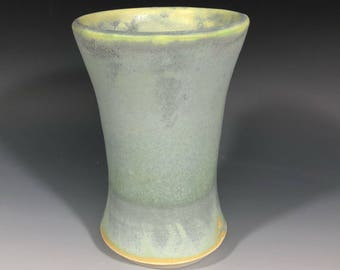 Cup or mini vase, you decide