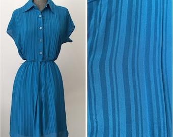 Vintage 1980s blue stripe tea dress. Size Small/medium