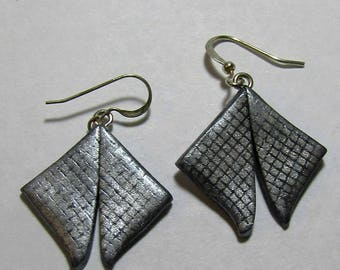 Silver and Black Grid Patterned Diamond Shaped Polymer Clay Earrings by Carol Wilson of PollyClayDesigns
