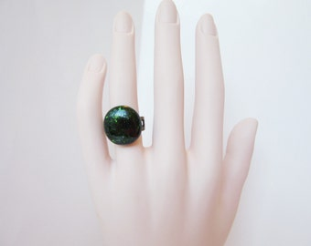 Sparkly green ring, adjustable emerald green fused glass pinky ring