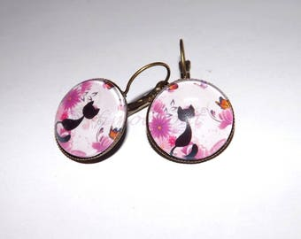 earring oreillle flowery cat glass cabochon, 20 mm