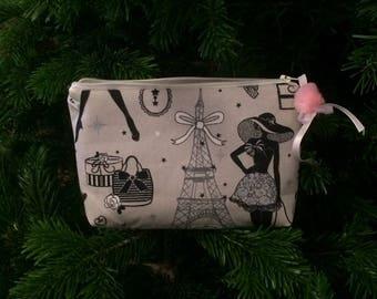 Pouch / makeup case in fabric, Eiffel Tower and Notre Dame de Paris framework8 pattern