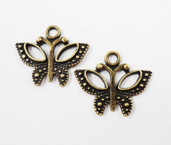 Bronze Butterfly Charms 18x15mm Antique Brass Butterfly Charms, Bronze Butterfly Pendants, Insect Charms, Nature Charms, Metal Charms, 10pcs