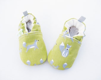 SALE Small Organic Vegan Fox in Grass/ All Fabric Soft Sole Shoes / Made to Order / Babies