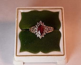 Vintage 10K Yellow Gold Filigree Ring Garnet, Sz. 7