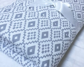 Padded Baby Playmat, Floor Blanket, Baby Floor Mat, Gray Playmat, Baby Quilt, Geometric Mat, Monogrammed Playmat, Crib Bedding, Activity Mat