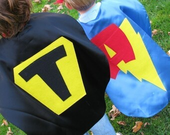 2  Superhero Costume Kids Capes party favors